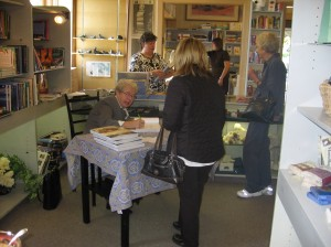 Signing at the Crow's Nest in Collingwood.